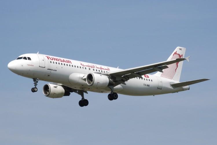 Avion Tunisair Airbus A320