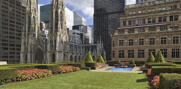 les plus beaux jardins sur des toits new york. Black Bedroom Furniture Sets. Home Design Ideas
