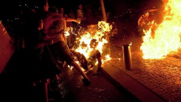 L'homme qui s'est immolé par le feu à Tunis est mort