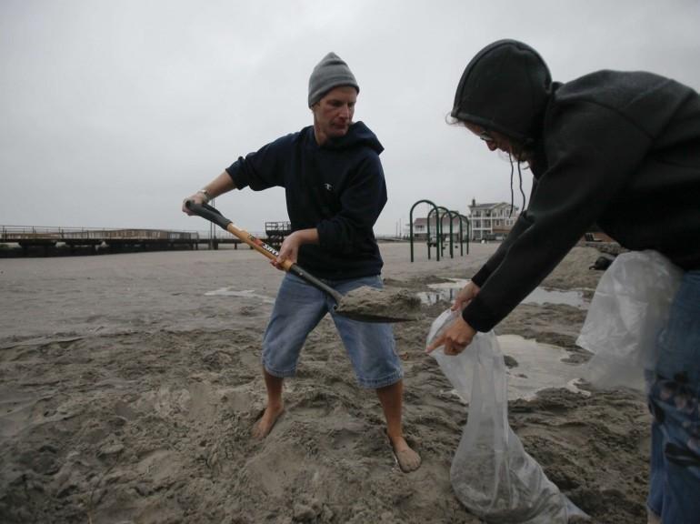 Sandy Ouragan - Collecte de sable sur une plage de Ventnor (New Jersey)