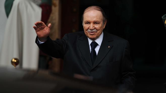 Victime d'une rumeur : le président algérien est hospitalisé à Paris