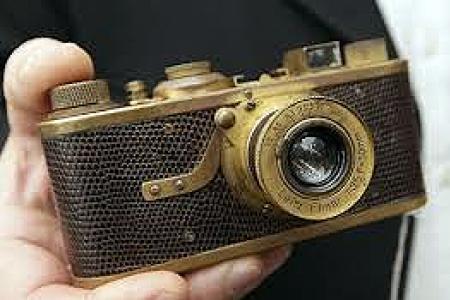 Leica vendu aux enchères à 528.000 euros!