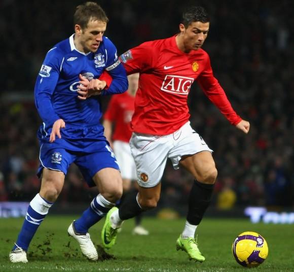 Premier League - Transfert : Phil Neville à Manchester United ?