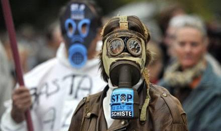 """Batho : le gaz de schiste """"un refus politique"""""""