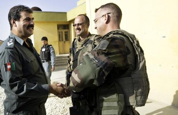 Afin d'appuyer le DCP (District Center Police) de Tagab, le Battle Group STEEL y a mené une action d'expertise technique en matière d'amélioration de la protection ainsi qu'une livraison de matériel le 12 juin 2012.