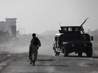 2013-06-10T050700Z_634053194_GM1E96A0ZTG01_RTRMADP_3_AFGHANISTAN-ATTACK-AIRPORT(1)_0