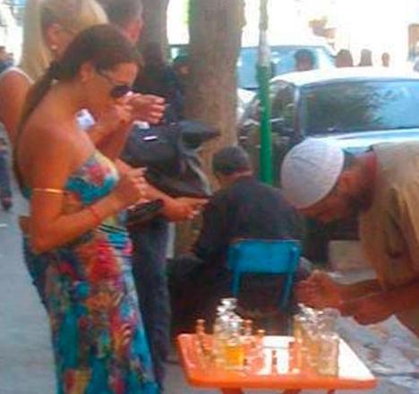 """Les touristes en Tunisie s'intéressent au """"3itr"""""""