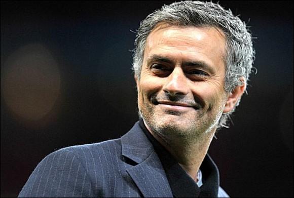 Mourinho signe officiellement à Chelsea