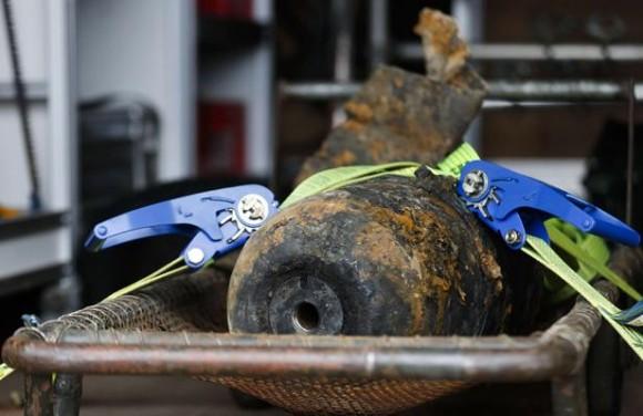 Bombe trouvée dans un jardin