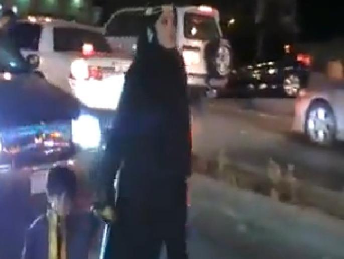 Arabie Saoudite : Une femme harcelée par tous les hommes