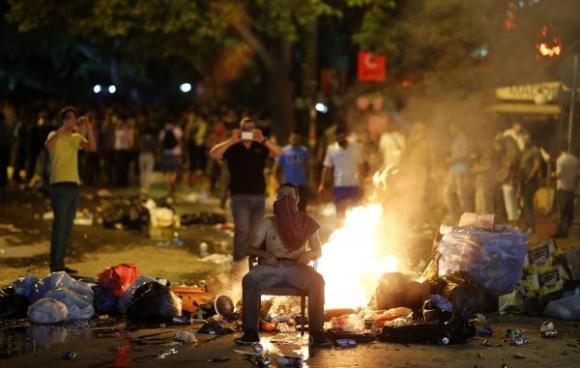 Violents affrontements entre manifestants et forces de l'ordre en Turquie