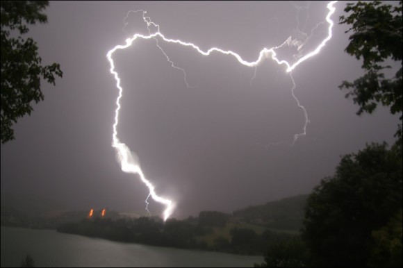 Orages aux Alpes-Maritimes en France