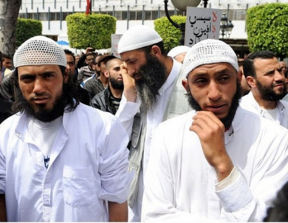 Islamistes_Tunisie_310