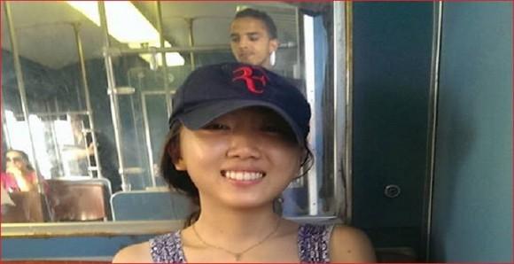 Une jeune Taïwanaise qui sollicite votre aide