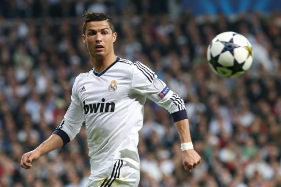 cristiano-ronaldo-bientot-le-footballeur-le-mieux-paye-au-monde-iconsport_alf_300413_26_85,58257