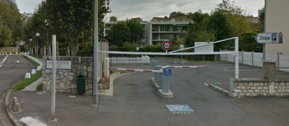 Un médecin remplaçant en cardiologie a été mis en examen pour viol à la clinique des Fontaines à Melun (Seine-et-Marne). | Google Street View