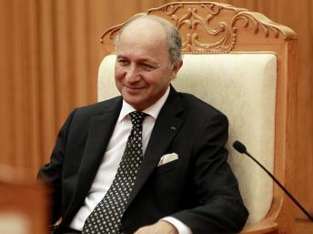 Le ministre français des Affaires étrangères, Laurent Fabius en visite à Hanoi tôt ce moi
