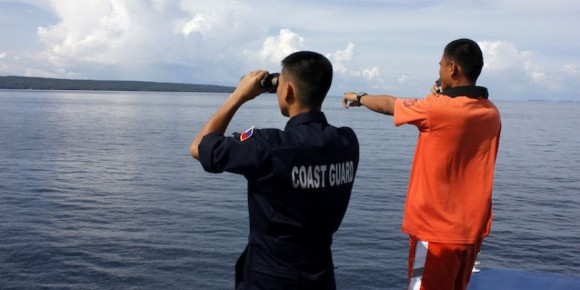 Au moins 17 personnes sont mortes après le naufrage d'un ferry au large des Philippines vendredi. Photo : Philippine Coast Guard / AFP