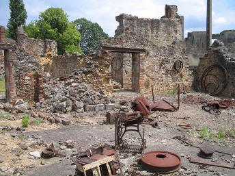 Un passé nazi a hanté le village français d'Oradour-sur-Glane depuis un massacre 1944.