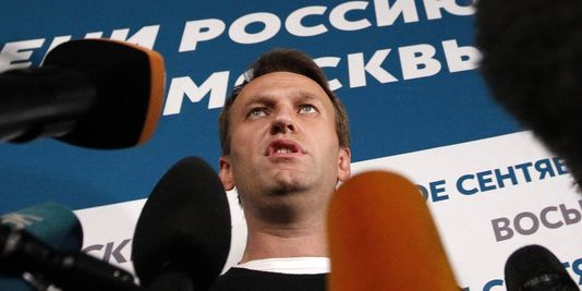L'opposant Navalny défie le Kremlin et refuse les résultat.