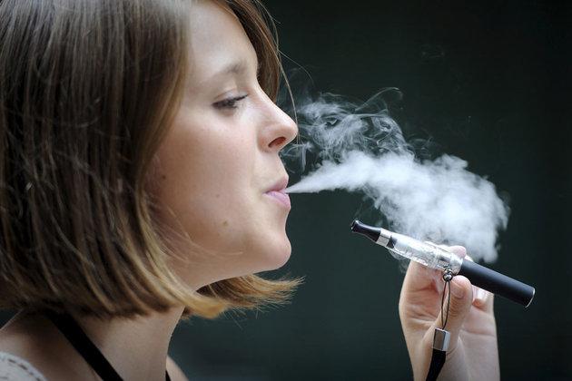 Les cigarettes électroniques gagne en popularité auprès des adolescents.