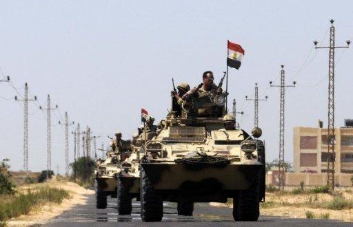 Soldats égyptiens déployés dans le domaine de la traversée de la frontière de Rafah, le 21 mai 2013.