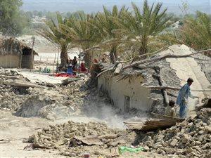 AFP_130925_ar5x7_pakistan-seisme_g