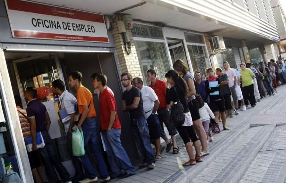 Le chômage poursuit sa progression en Espagne. Le mois d'août a enregistré une hausse de 2,4% (par rapport à juillet) du nombre de demandeurs d'emplois, qui est désormais de 3 626 080 personnes. Reuters