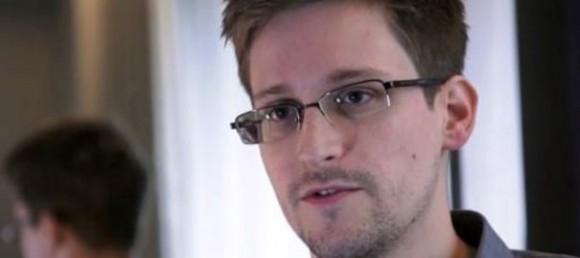 L'ex-consultant de la CIA, Edward Snowden, a fourni de nombreux documents sur des opérations d'espionnage des Etats-Unis sur leurs alliés, dont la France. afp.com/- En savoir plus sur http://www.lexpress.fr/actualite/monde/amerique/affaire-snowden-le-quai-d-orsay-a-ete-vise-par-la-nsa_1277746.html#BQ0HAbLgjpd5Jgsy.99