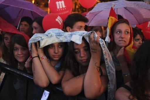Réaction des espagnols à la Puerta de Alcala à Madrid après que leur ville a été éliminée pour accueillir les Jeux Olympiques de 2020, le 7 Septembre 2013.