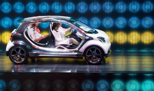 La nouvelle Smart Four Joy est présenté sur le stand Mercedes lors du salon de l'automobile IAA de Francfort, le 9 Septembre 2013.