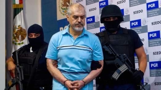 Un autre frère Eduardo est en prison aux Etats-Unis pour blanchiment d'argent