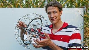 Le drone Gimball a été conçu pour être résistant en cas de catastrophe, explique le co-créateur Adrien Briod