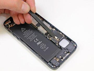 iPhone 5s : Apple avoue un problème de batterie