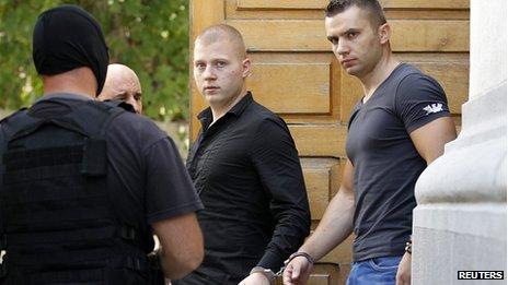 Eugen Darie (centre) et Radu Dogaru (droite) avaient admis les accusations