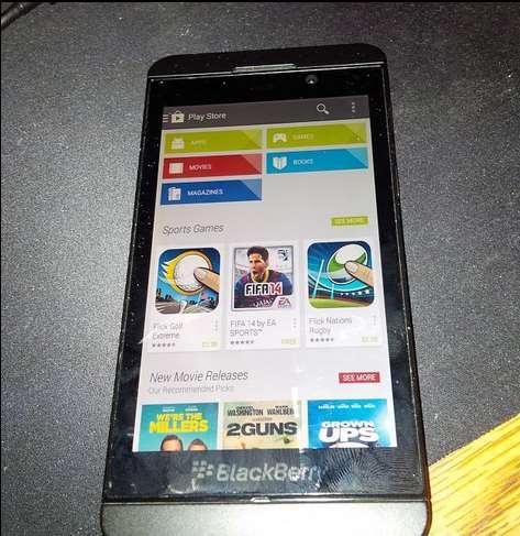 BlackBerry 10 pourrait accueillir l'installation d'applications Android depuis le Google Play