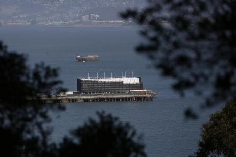Google lève le mystère sur sa barge flottante à San Francisco