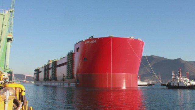 Shell a publié ces images de la coque du Prélude à l'essai dans un chantier naval de Geoje, en Corée du Sud