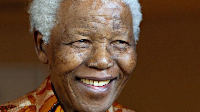 Nelson Mandela le 26 octobre 2005 à Johannesburg (Afrique du Sud)