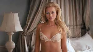 Margot Robbie dans le film The wolf of Well Street