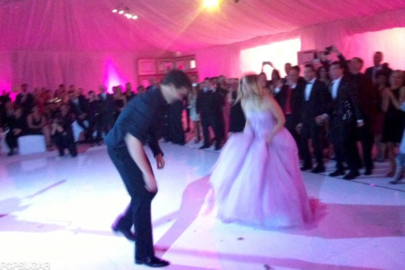 Ryan-Sweeting-Kaley-Cuoco-busted-some-moves-celebrate-marriage-ring-2014