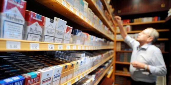 la baisse des ventre de cigarettes liée à l'augmentation des prix, au marché parallèle et à la e-cigarette