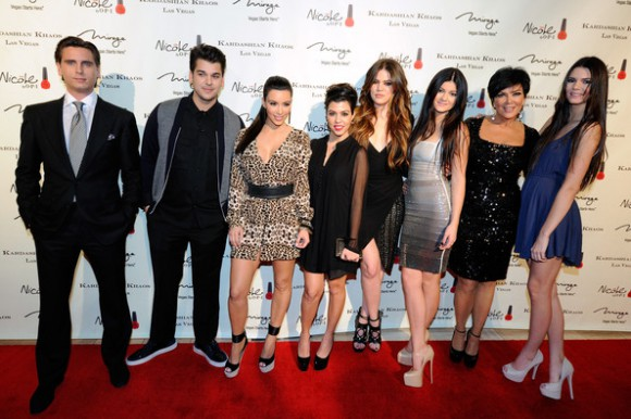 Kim Kardashian vole au secours de sa mère pour que Kendall reste à la maison