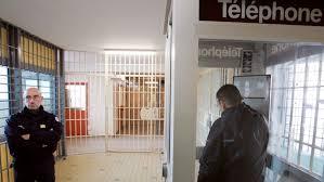 autorisation du téléphone portable en prison