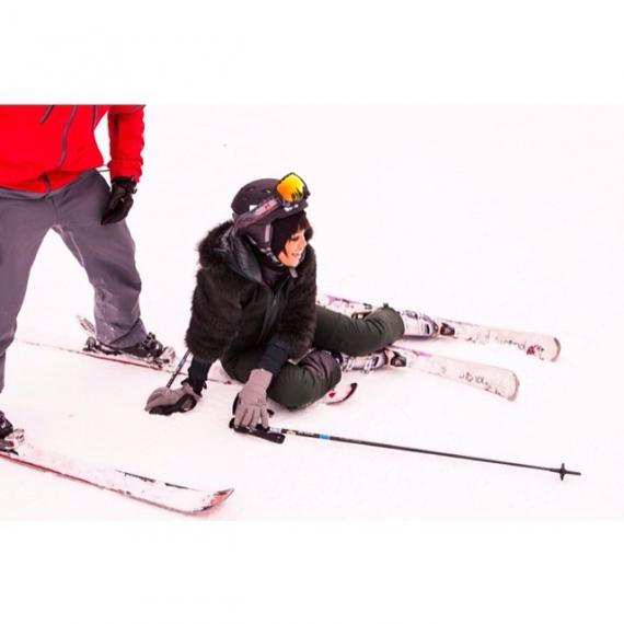 rihanna-instagram-ski-aspen-colorado-moncler (2)