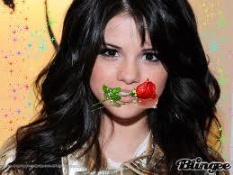 Selena est couverte de fleurs envoyées par Justin