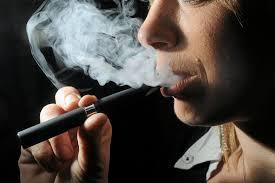la cigarette électronique n'aide pas à arrêter de fumer