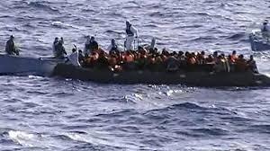 la marine Italienne sauve des migrants