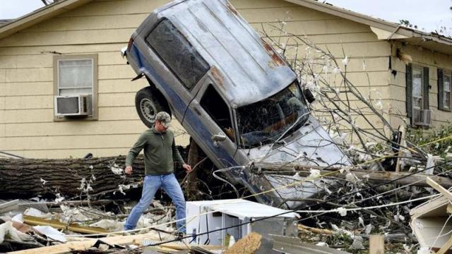 un des nombreux dégats causés par les tornades