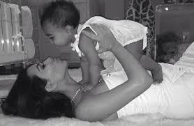 Fête des mères, Kim est comblée